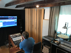 Mastering engineer & lacquer cutter