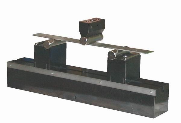 Heavy duty bend fixture for steel bend testing