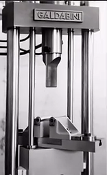 Old Galdabini testing machine.png