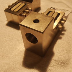 female clevis coupling for fixture