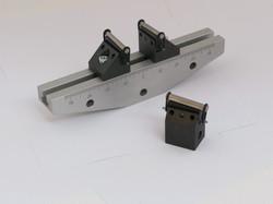 2.5kN 3 pt Articulating Bend Fixture