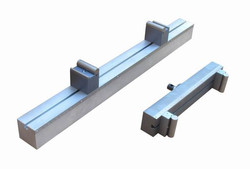 Extra long bend fixture for wood plank testing