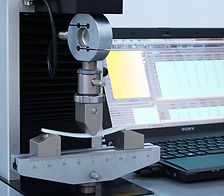 3 pt. Bend Test on a universal testing machine