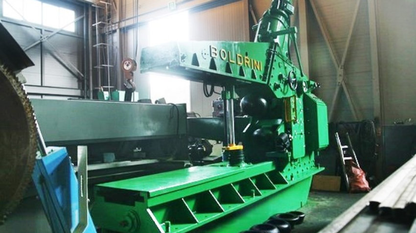 Boldrini Flanging Machine Cap. 24mm*4000mm