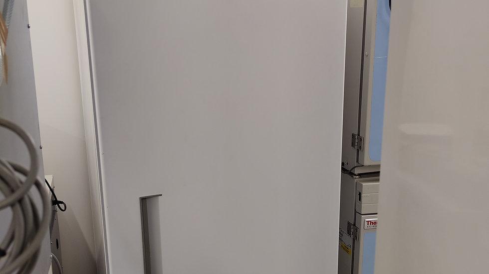 BT16 Refrigerator
