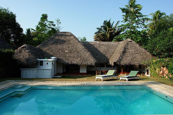 Hotel Marari Beach Resort in Mararikulam