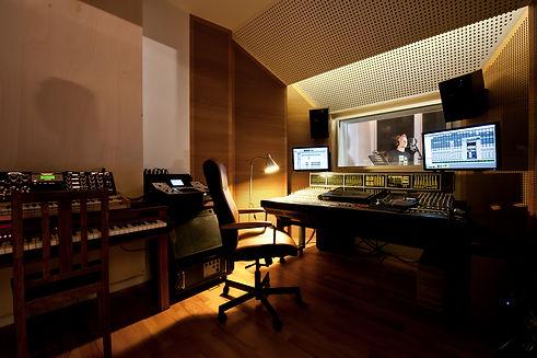 Studio Juli 2012-3.jpg