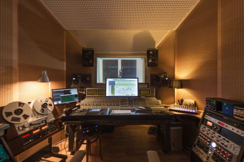 weyrerTon - Control Room I