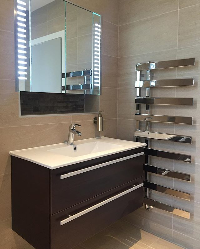 #bathroom #sagarceramics #featurewall #c