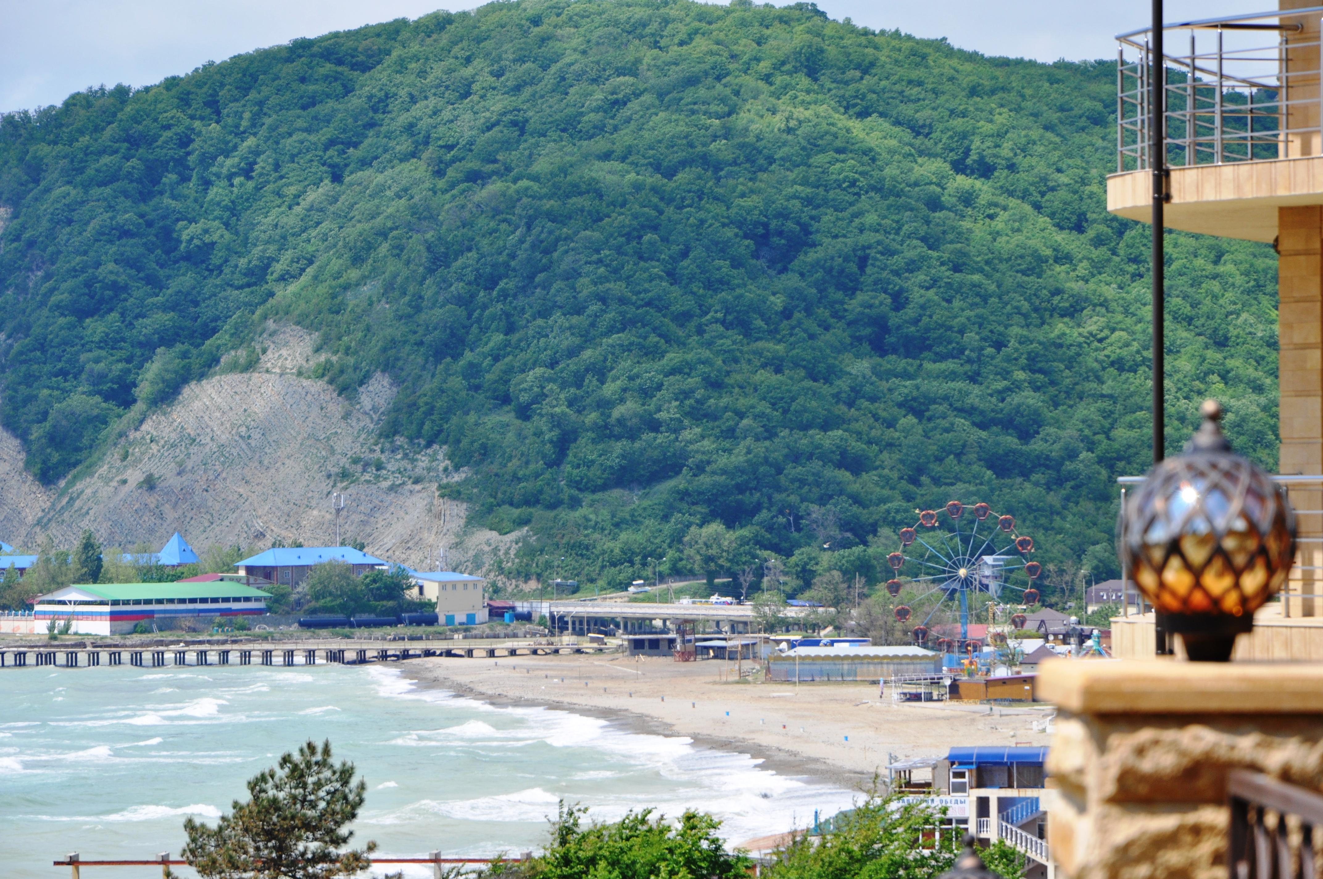 фото пляжа в Лермонтово