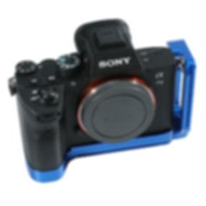 BLUE-001.jpg