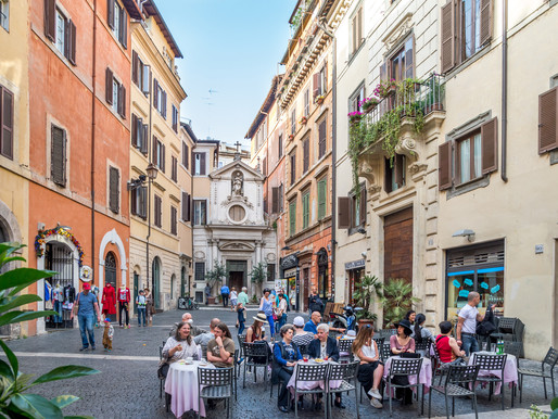 10 Tips on How to Travel Italy Like a Local