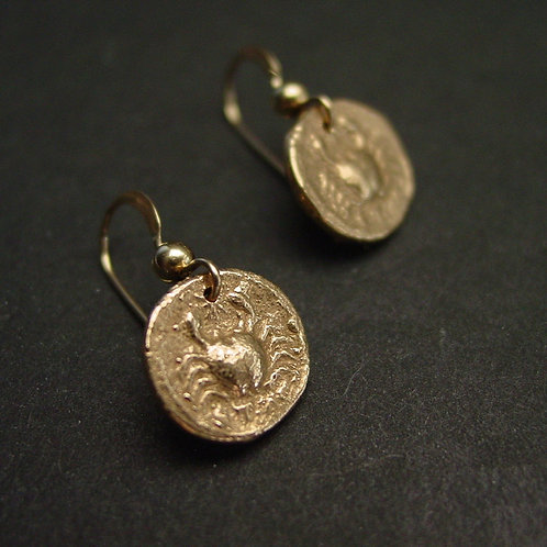Crab coin earrings