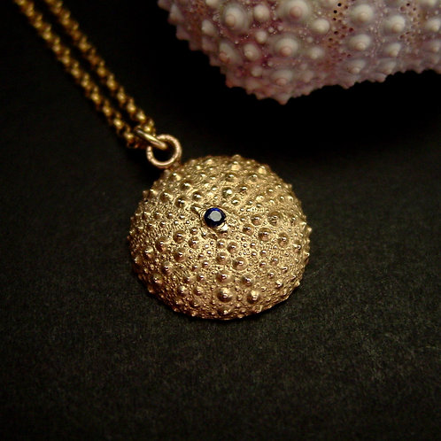 Small sea urchin with sapphire necklace