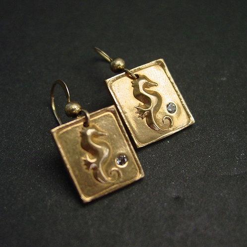 Sea Horse square earrings with aquamarine