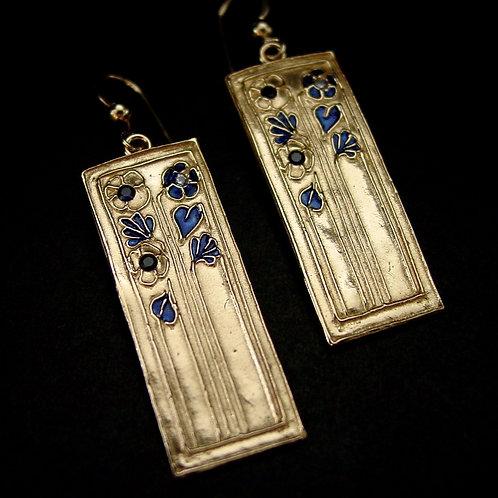 Daisy Art Deco with sapphire earrings