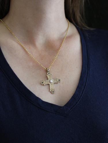 Vis a Vis Jewelry | BYZANTINE