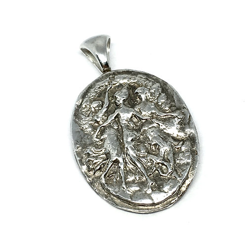 Three Graces silver pendant