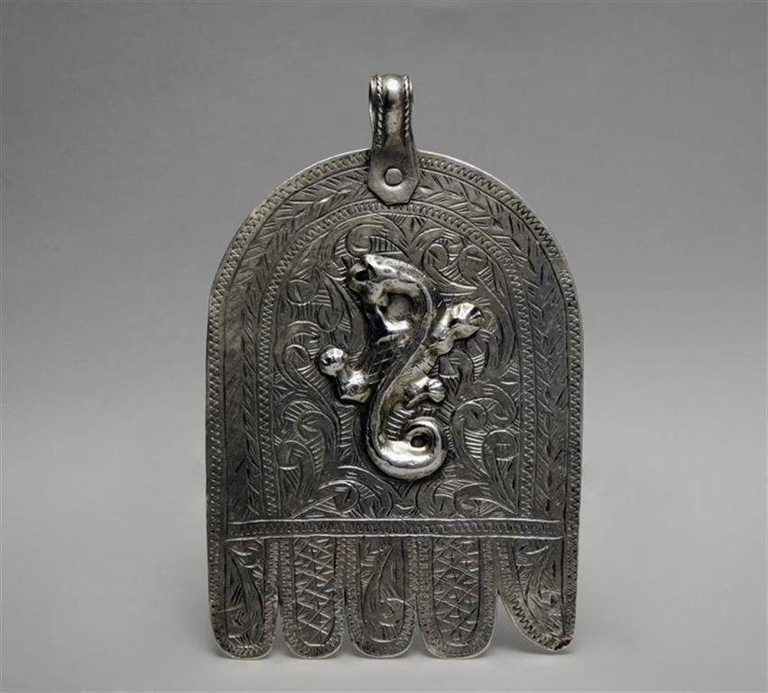 Hamsa silver pendant