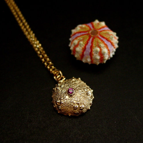 Deep Water urchin necklace with ruby - thin chain with shell