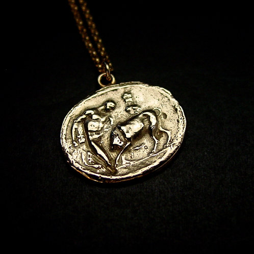 Hercules bull fighting necklace