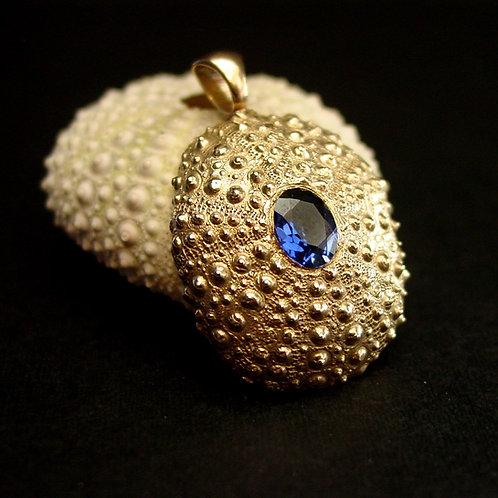 Sea Urchin with sapphire pendant