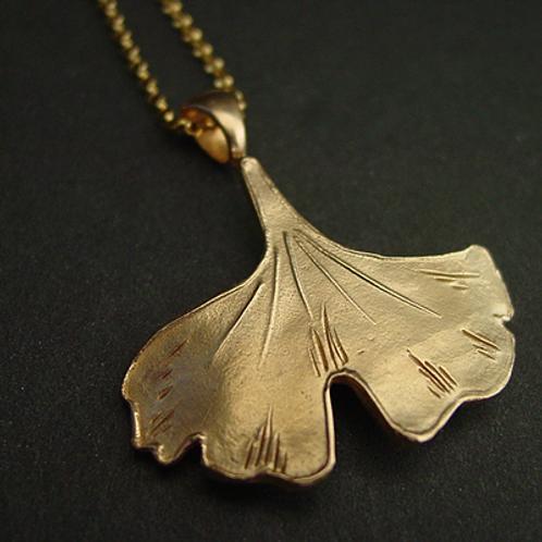 Ginkgo leaf - Pendant