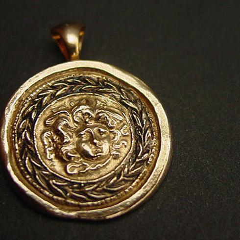 Medusa pendant