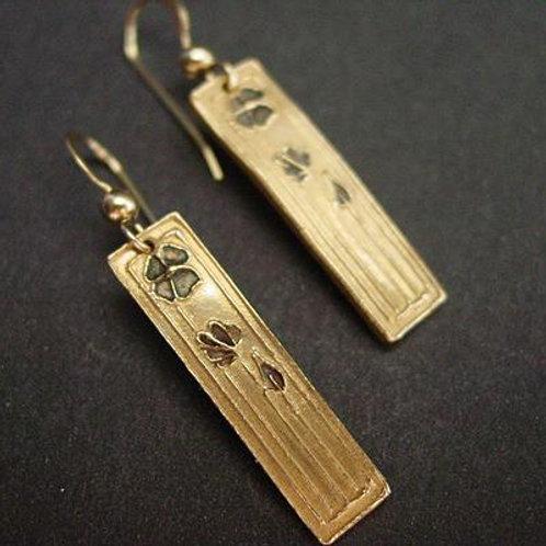Simple mini daisy art deco earrings