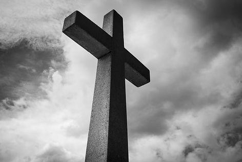 black-and-white-cemetery-christ-church-2
