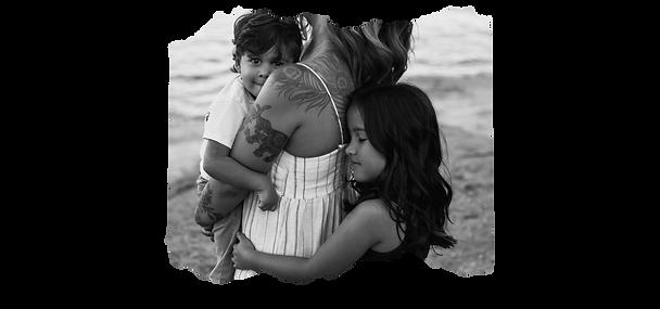Folsom Lake motherhood photographer