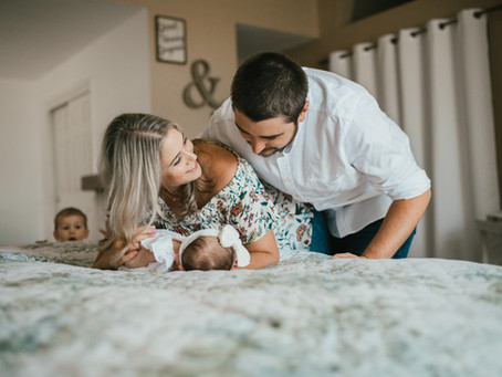 IN HOME NEWBORN PHOTOGRAPHY SESSIONS