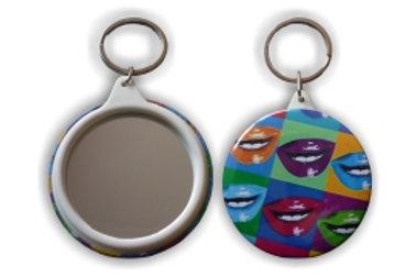 Botón con Llavero y Espejo
