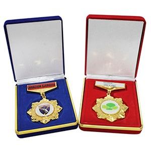 Medalla con Caja