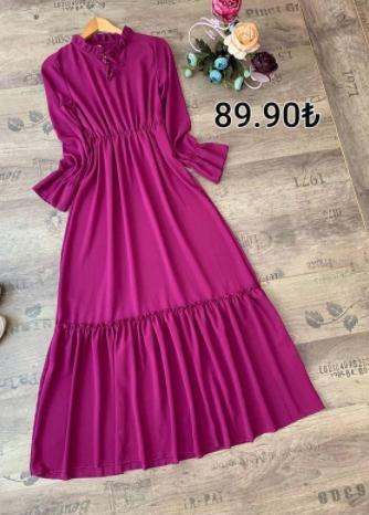Belden kuşaklı ve yaka fırfırlı elbise