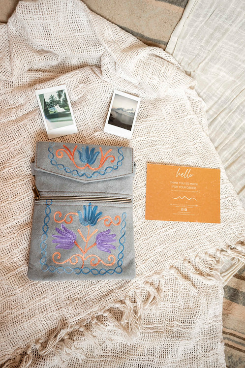 Handmade Kashmiri Shoulder Bag 4