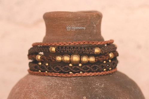 5in1 macrame bracelet with brass beads