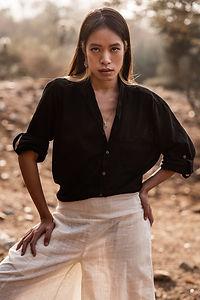 Cotton Linen Unisex Kai Shirt in Black
