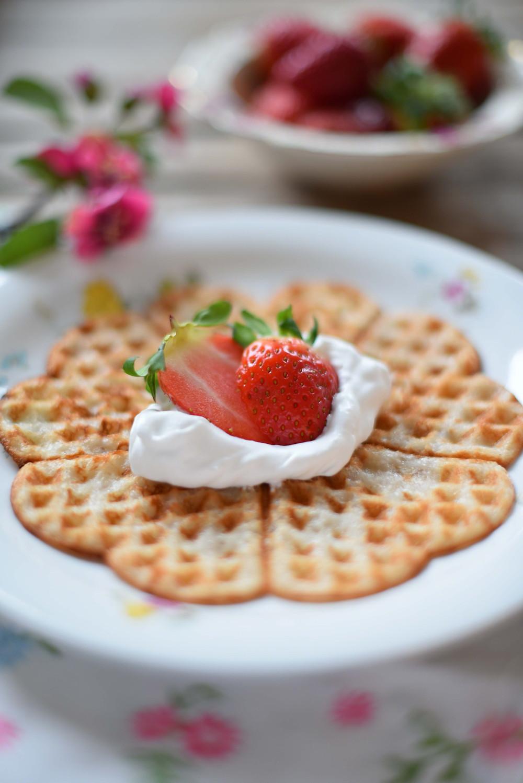 Våfflor för alla på Våffeldagen! Glutenfria, mjölkfria, äggfria, nötfria, sockerfria och frasiga!