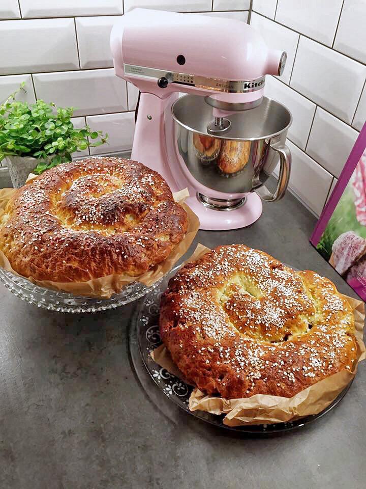 Glutenfria och mjölkfria megastora kanelbullar