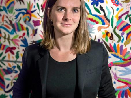 Dra. Louise David, nueva Presidenta de la ARU