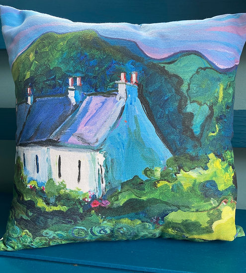 Cabbage Patch Cottages Cushion with Microfibre Inner Cushion Pad