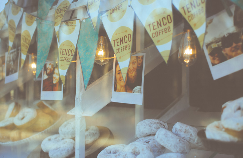 Curate our coffee truck's window with the pastry and photos of your choice!