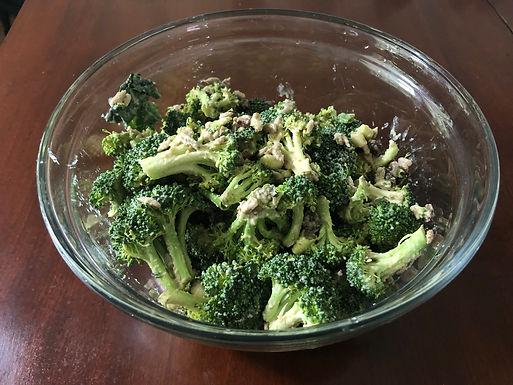 Crunchy Vegan Broccoli Salad