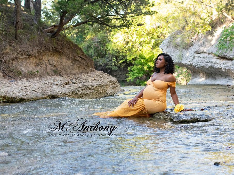 Maternity%20ideas%3A%20Maternity%20photographer_edited.jpg