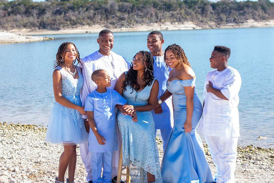 family in formal attire: family photogra