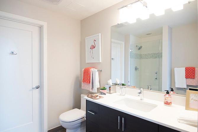 gallery-apartments-bathroom2.jpg