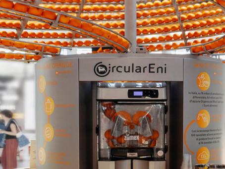 Exprimidor de naranja imprime vasos en 3D hechos con cáscaras sobrantes