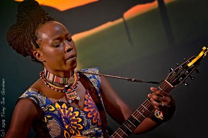 Nina Ogot