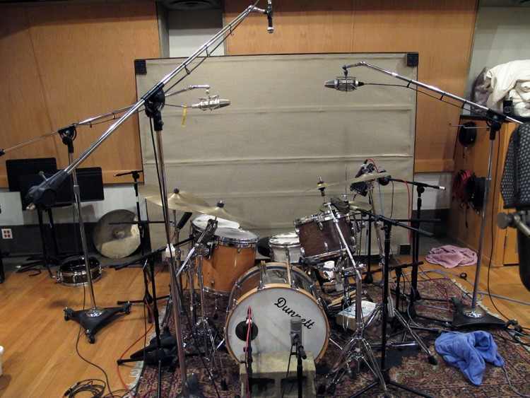 Figure 4: A typical drum setup can have between 4 and 12 mics.